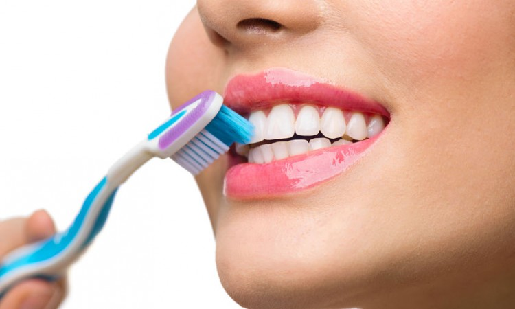 60087155 - teeth brushing. beautiful white healthy teeth