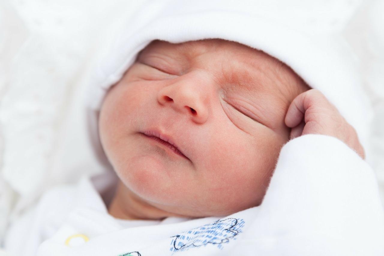 newborn-216723_1280